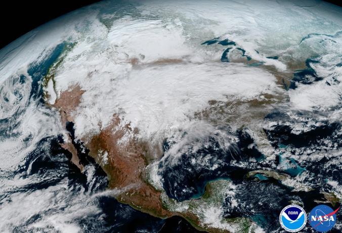 ภาพโลกจากอวกาศ