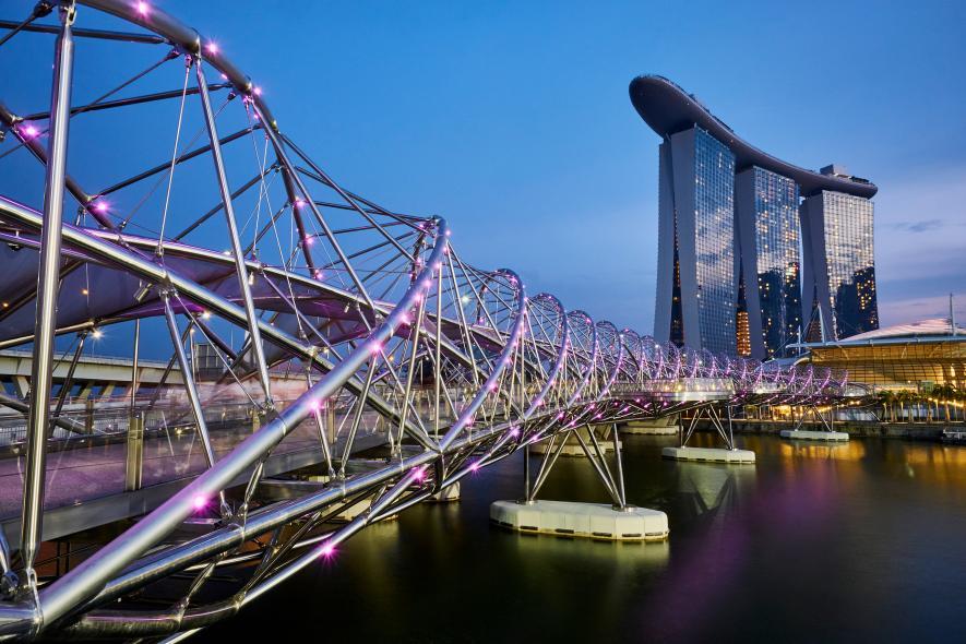 สะพานฮีลิกซ์ : สิงคโปร์