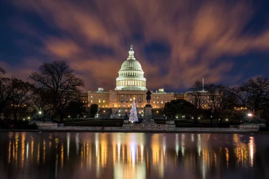 ภาพถ่ายตอนกลางคืนในวอชิงตัน ดี.ซี.