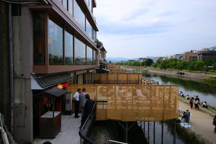 เกียวโต, ที่เที่ยวในเกียวโต, ย่านดัง, แม่น้ำคาโมะ