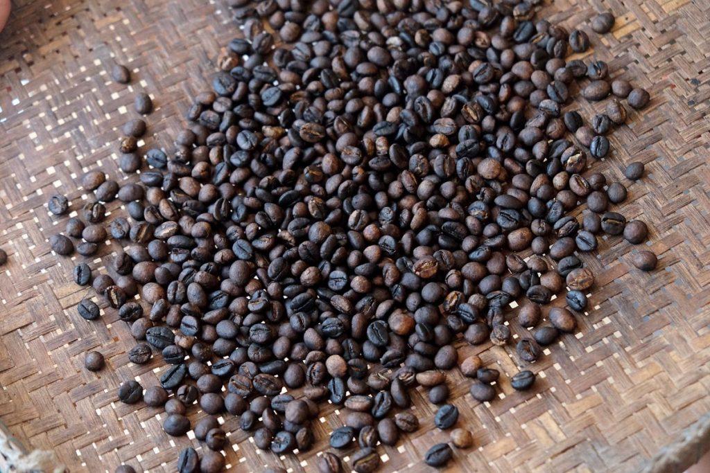 เมล็ดกาแฟ,, กาแฟโรบัสตา, เมล็ดกาแฟคั่ว