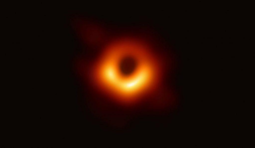 การค้นพบทางวิทยาศาสตร์, หลุมดำ