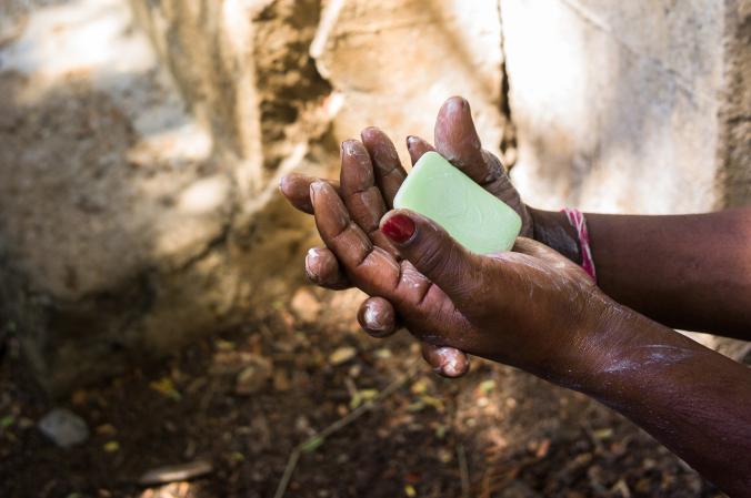 ไวรัสโคโรนา, ล้างมือ, อินเดีย