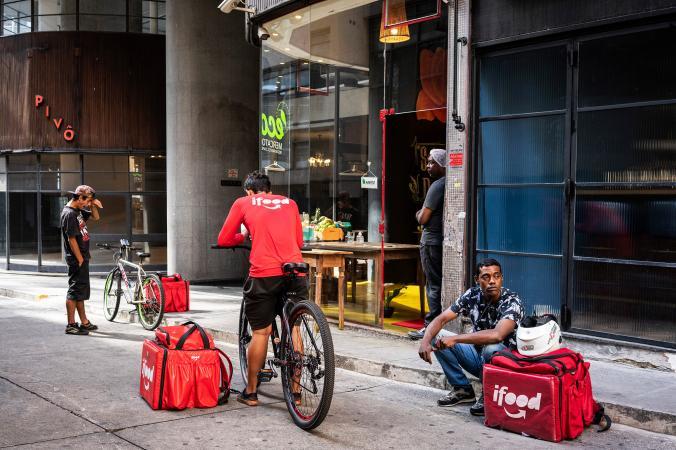 พนักงานส่งอาหาร, เซาเปาโล, บราซิล