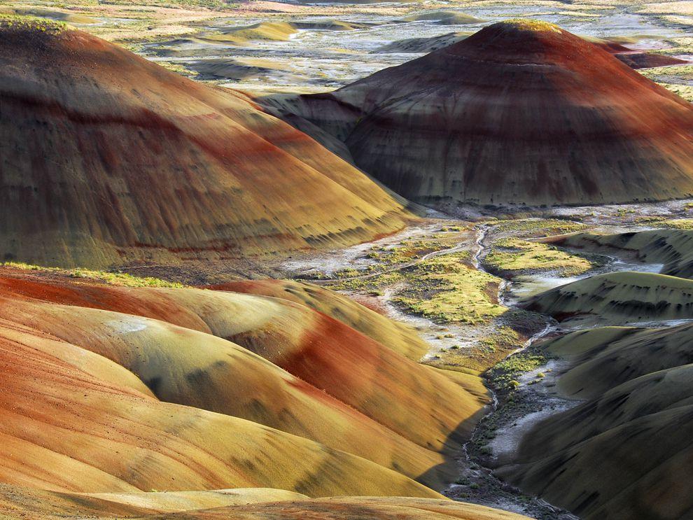 ธรณีสัณฐาน, กายภาพของแผ่นดิน, ลักษณะของแผ่นดิน, ที่ราบสูง, ที่ราบลุ่ม, เทือกเขา, ภูเขา