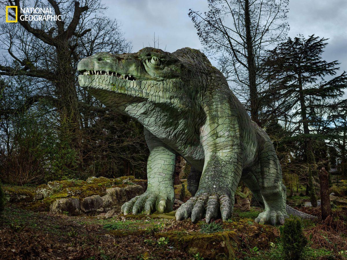 ไดโนเสาร์, เมกะโลซอรัส