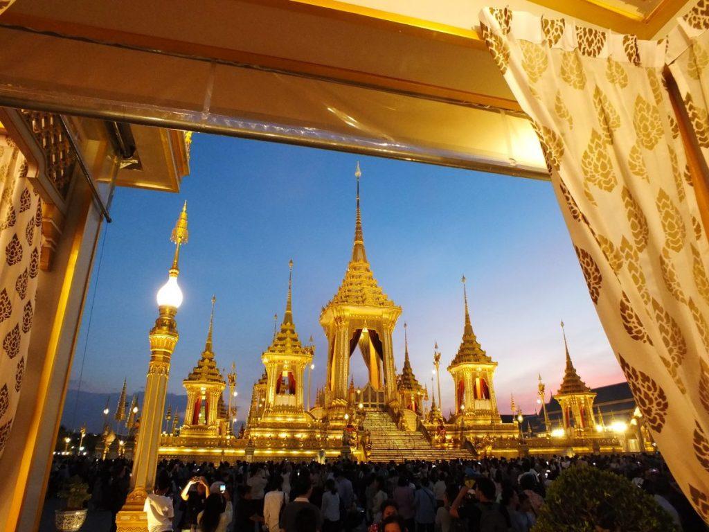 บาหลี, เที่ยวบาหลี, วัฒนธรรม, ความเชื่อ, อินโดนีเซีย, เมรุ, เมรุมาศไทย, ไทย